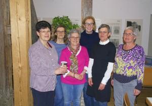 Spendenübergabe des Albvereins Pfullingen an YALLA-Mitglied Ulrike Fritz